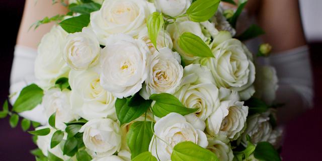 d932702c0e936 ウェディング・パーティ等の装花事業